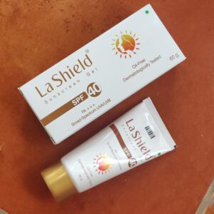 La Shield Sunscreen Gel SPF 40 PA+++ Review