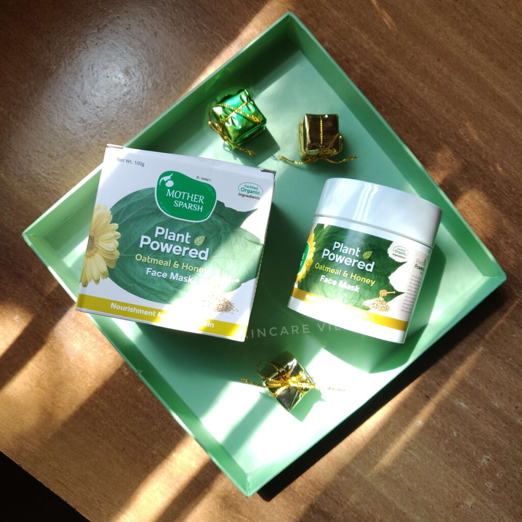 Mother Sparsh Oatmeal and Honey Face Mask Review